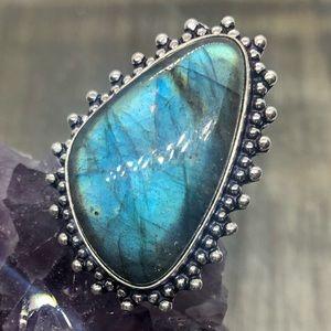 Super flashy labradorite sliver crystal magic ring